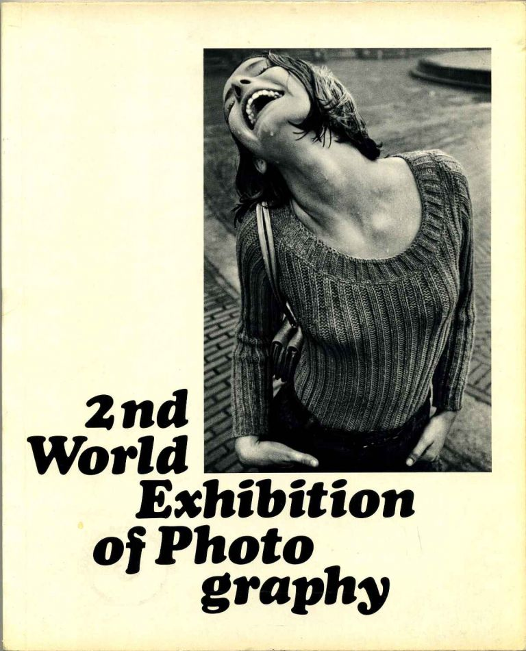 WOMAN. 2nd Second World Exhibition of Photography. 522 Photos from 85 Countries by 236 Photographers. Karl Pawek.